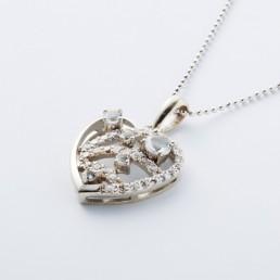 9ストーンハート型ネックレス<大>一白水星